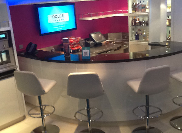Bar on Norwegian Getaway