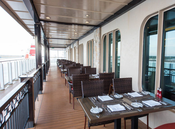 Moderno on the Waterfront on Norwegian Getaway