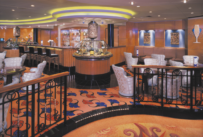Champagne Bar on Norwegian Pearl