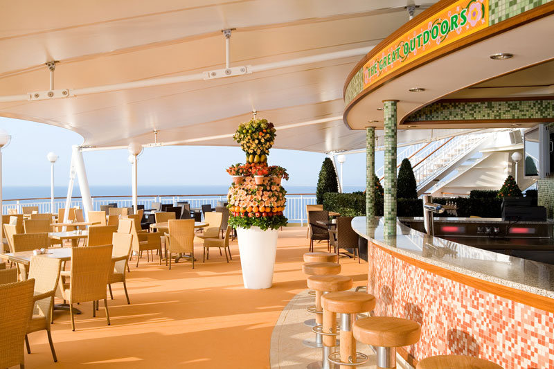 Great Outdoors Bar on Norwegian Pearl