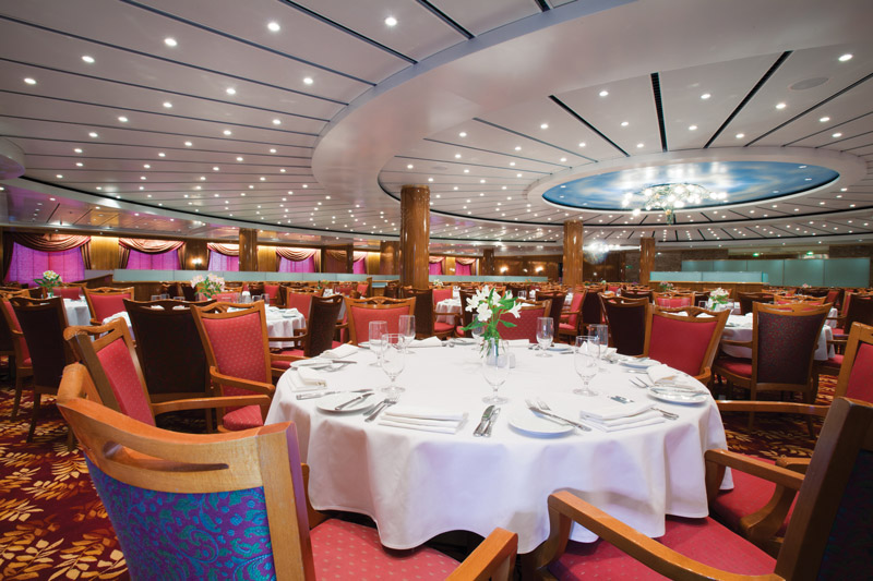 Four Seasons Dining Room on Norwegian Sun