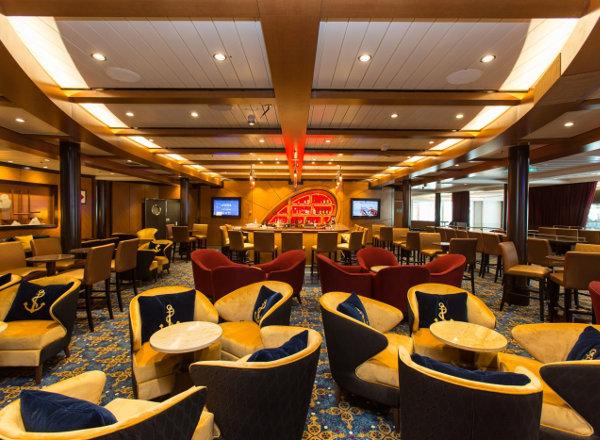 Schooner Bar on Ovation of the Seas