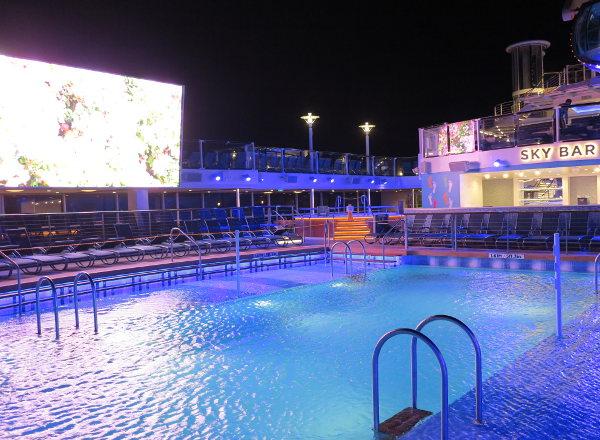 Sky Bar on Ovation of the Seas