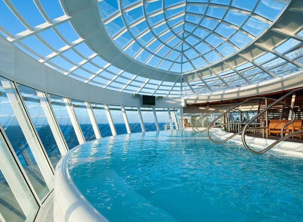 Whirlpools on Ovation of the Seas