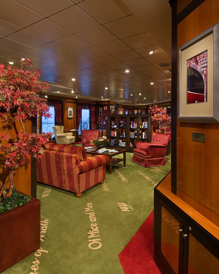 SS America Library on Pride of America