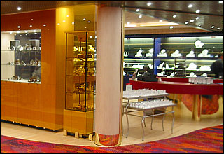 Boutiques on Prinsendam