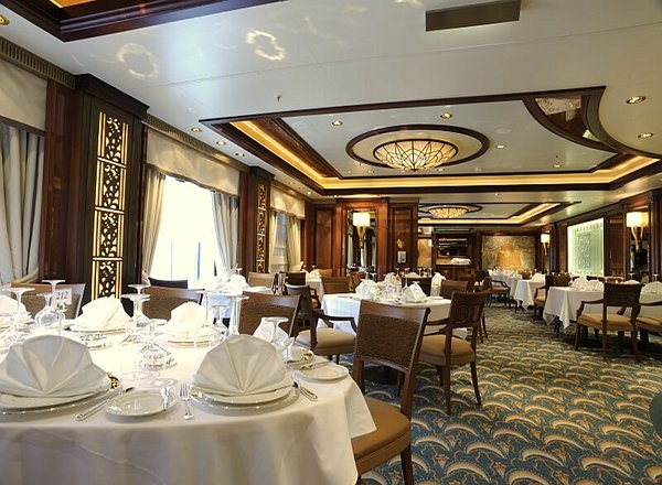 Britannia Club on Queen Mary 2