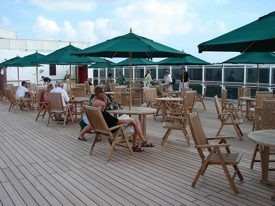 Boardwalk Cafe on Queen Mary 2
