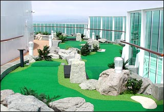 Dunes Mini Golf on Radiance of the Seas