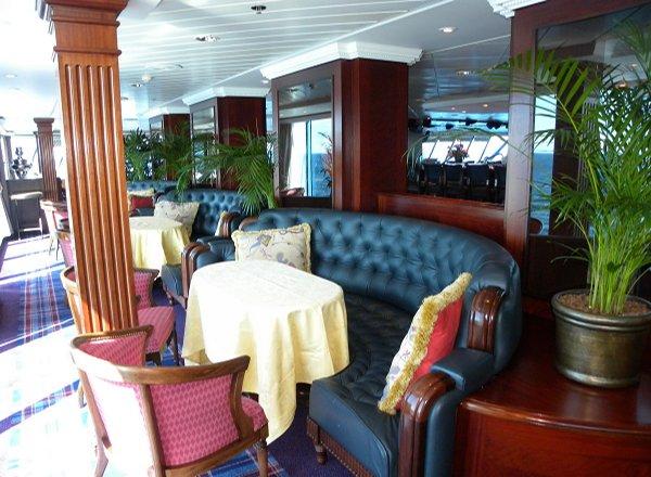 Horizons Lounge on Regatta