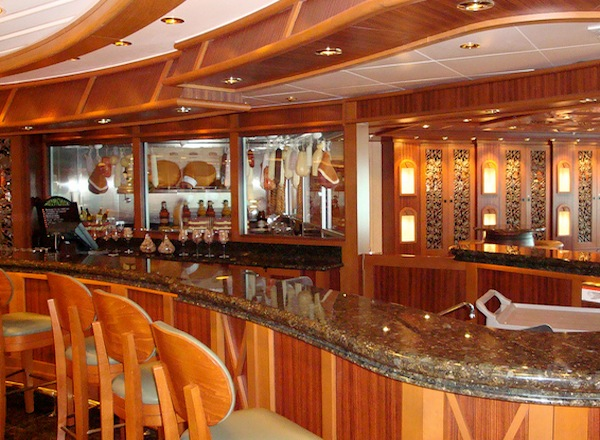 Vines Bar on Ruby Princess