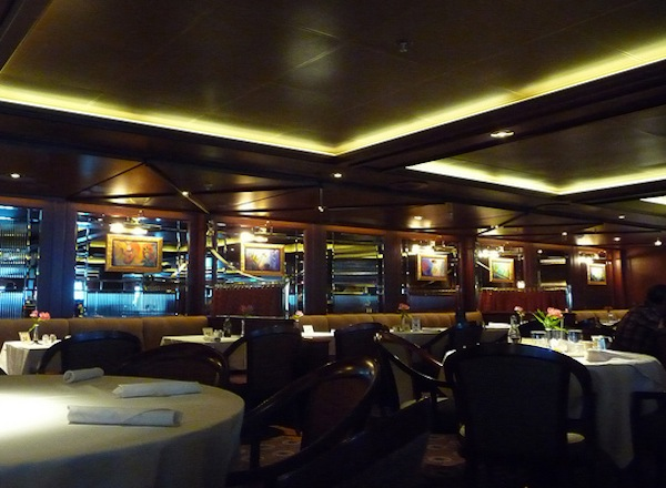 Savoy Dining Room on Sapphire Princess