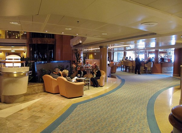Lobby Bar on Sapphire Princess