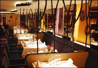 Sante Fe Dining Room on Sapphire Princess