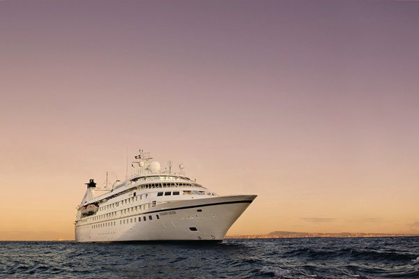 Seabourn Legend,