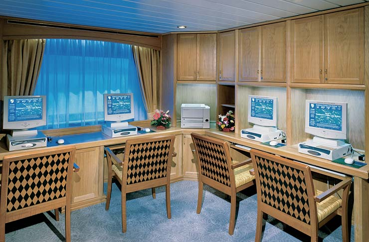 Computer Center on Seabourn Pride