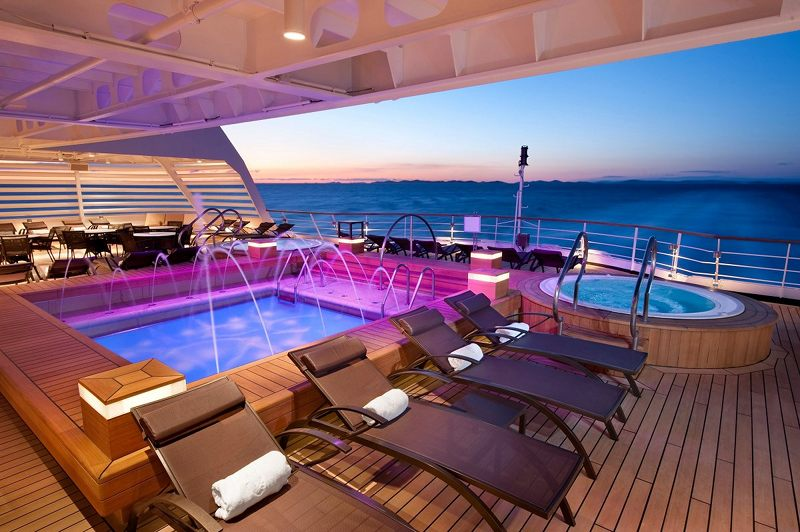 Whirlpool Deck 5 on Seabourn Sojourn