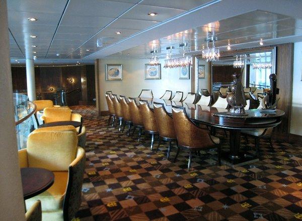 Concierge Lounge on Serenade of the Seas