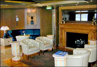 Oak Room on Zuiderdam
